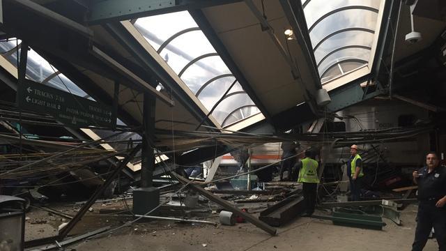 Beschadigd station Hoboken maandag weer open na treinramp