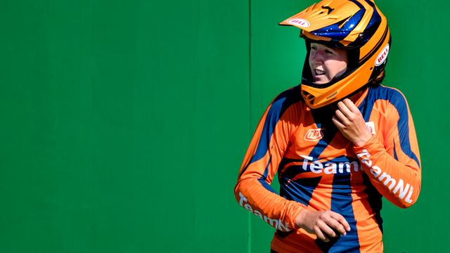 Laura Smulders pakt wereldtitel BMX, geheel Nederlands podium