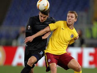 Valencia redt het niet tegen Bilbao, Villarreal schakelt Leverkusen uit