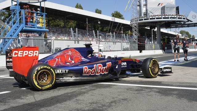 Zestiende tijd voor Verstappen in derde vrije training op Monza