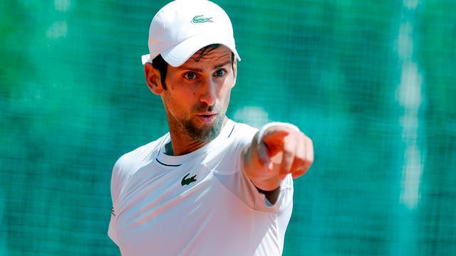 Ploeterende Djokovic merkt dat zelfvertrouwen deuk heeft opgelopen