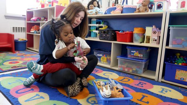 Kinderopvang schaft commerciële coronatests aan voor personeel