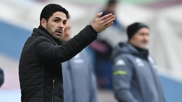 Manager Mikel Arteta zag dat Arsenal de vroege tegengoal tegen Aston Villa niet meer te boven kwam.
