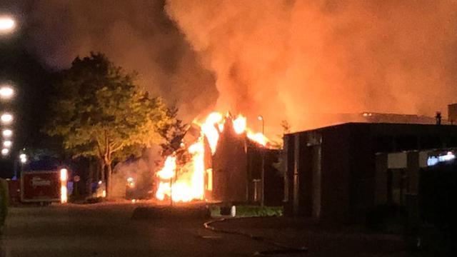 Man in Maastricht raakt gewond door eigen brandstichting