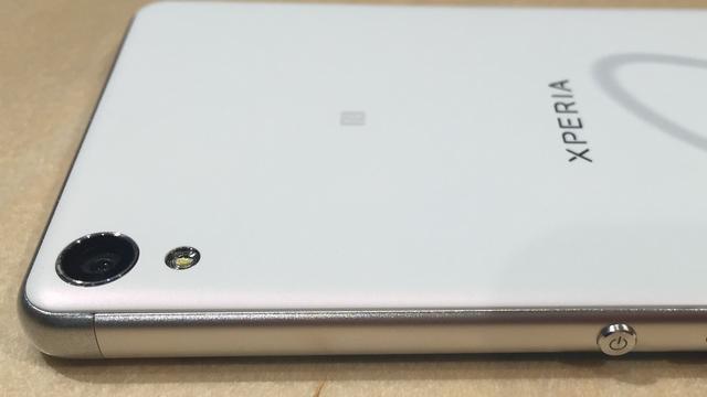 Eerste indruk: Sony verbetert design met Xperia X en XA