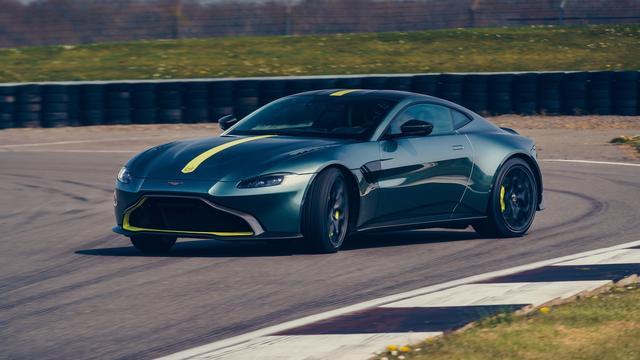 Aston Martin presenteert AMR-versie van Vantage
