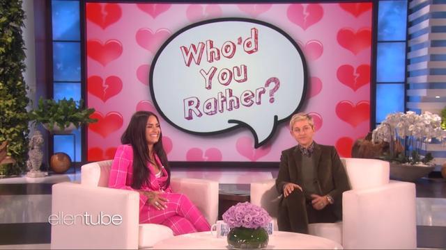 Zangeres Demi Lovato speelt ongemakkelijk spel bij The Ellen Show