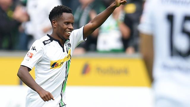 Invaller Dost verliest met Wolfsburg bij Gladbach