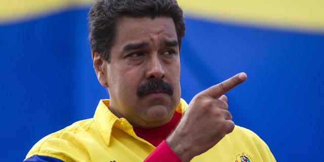President Venezuela wil vertrek ministers