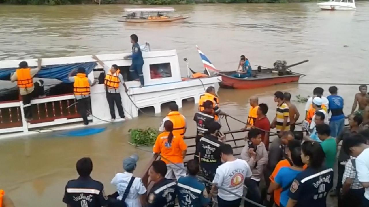 Boot gekapseisd in Thailand