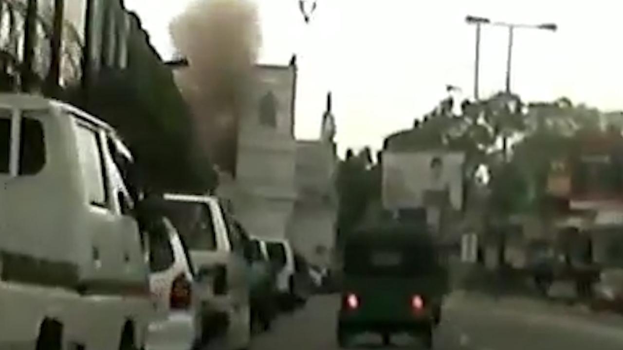 Explosie in Sri Lankaanse kerk met dashcam vastgelegd