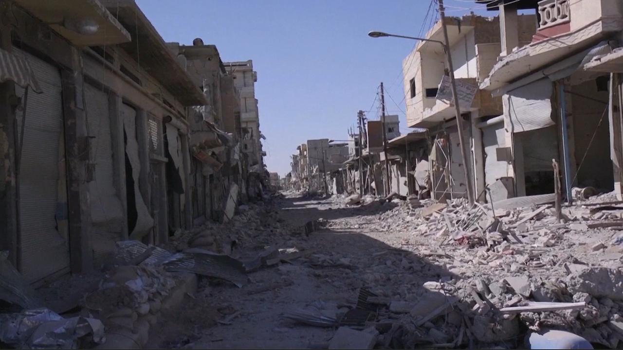 Beelden tonen verwoesting IS-bolwerk Raqqa