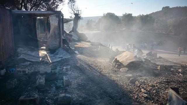 Vluchtelingenkamp Moria grotendeels afgebrand; duizenden op de vlucht