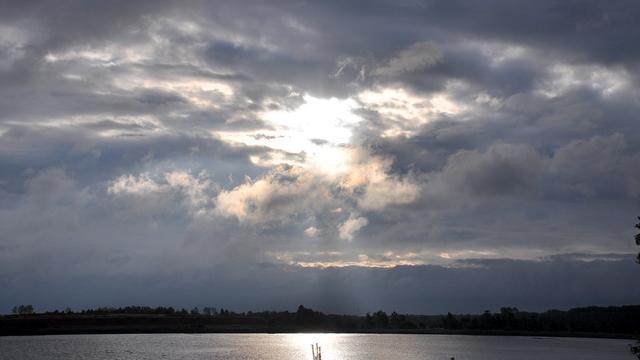 Bewolkt en regenachtig weer verwacht tijdens Paasweekend