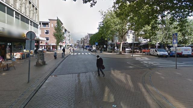 Vrouw (19) bezweken aan verwondingen na val uit raam in Groningen
