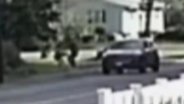 Beveiligingscamera legt poging tot ontvoering vast in VS
