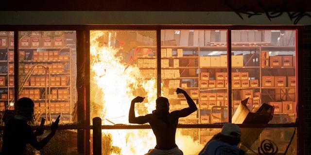 Hoe de demonstraties tegen politiegeweld in de VS donderdag ontspoorden