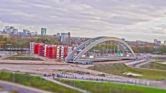 Timelapse toont verplaatsing spoorbrug Utrecht