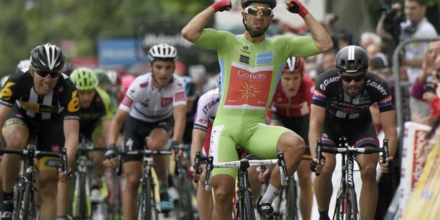 Bouhanni wint weer in Dauphiné na lange vlucht Keizer