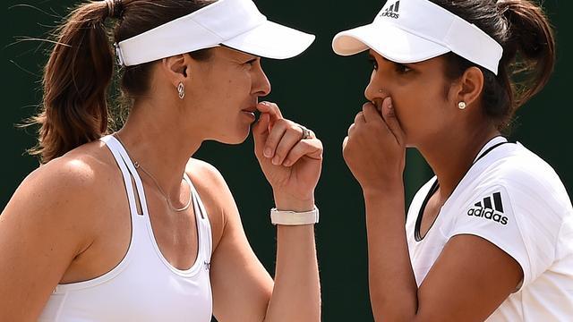 Hingis plaatst zich na achttien jaar weer voor Wimbledon-finale