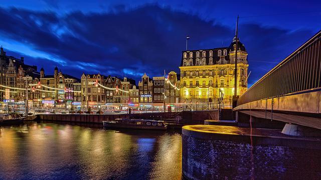 Amsterdam gaat aantal nieuwe hotels beperken vanwege drukte