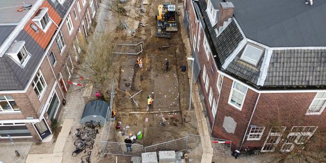 Archeologen vinden grote nederzetting in Utrechtse Oudwijkerdwarsstraat