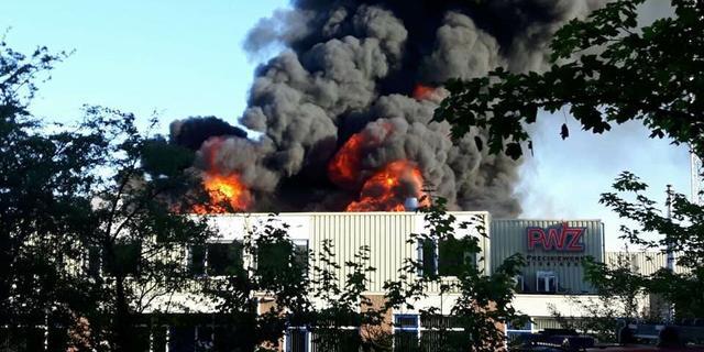 Grote brand in metaalbedrijf Zierikzee