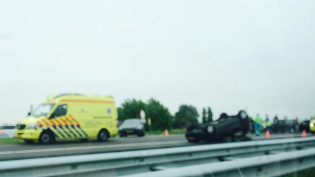 A9 richting Alkmaar paar uur afgesloten door groot ongeluk