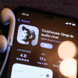 Aantal downloads van audiochatapp Clubhouse neemt snel af