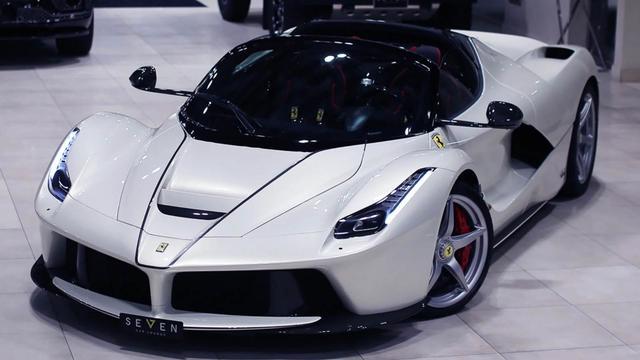 Zeldzame Ferrari duikt op bij Saoedische dealer