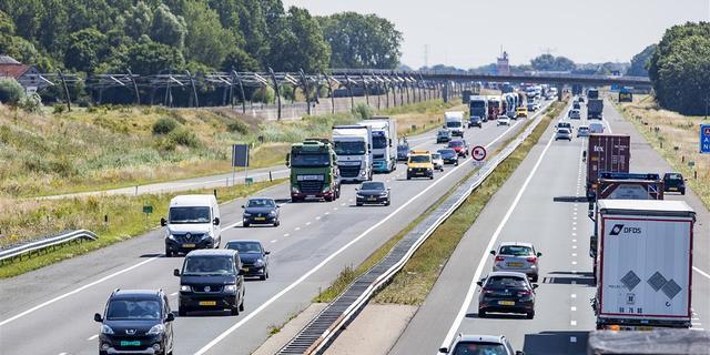 Advies commissie: Snelheidsverlaging nodig om uitstoot stikstof te beperken