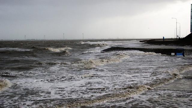Weerbericht: Zware windstoten zorgen voor code geel aan de kust