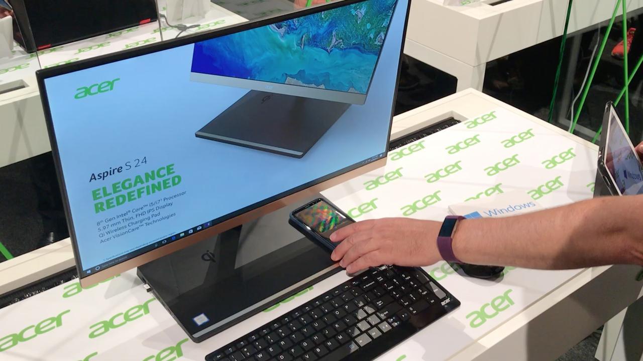 Deze Acer-pc laadt je smartphone draadloos op