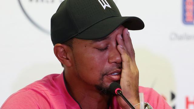 Tiger Woods dreigt hackers met juridische stappen om naaktfoto's