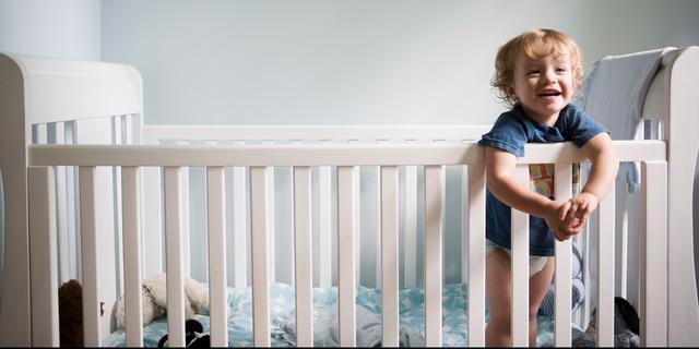 Een veilig kinderbedje aanschaffen? 'Wees áltijd kritisch'