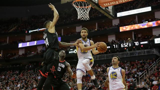Warriors verstevigen koppositie met winst in NBA-topper bij Rockets