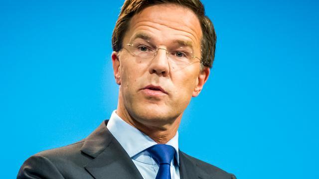 Dijsselbloem: 'Lot Rutte hing aan zijden draad tijdens Griekse crisis'