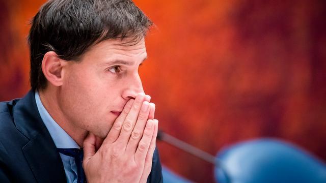 Minister begaat misser met verkeerde versie Miljoenennota