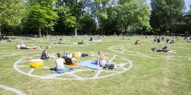 Meer witte cirkels, camera's en looproutes in Utrecht vanwege corona