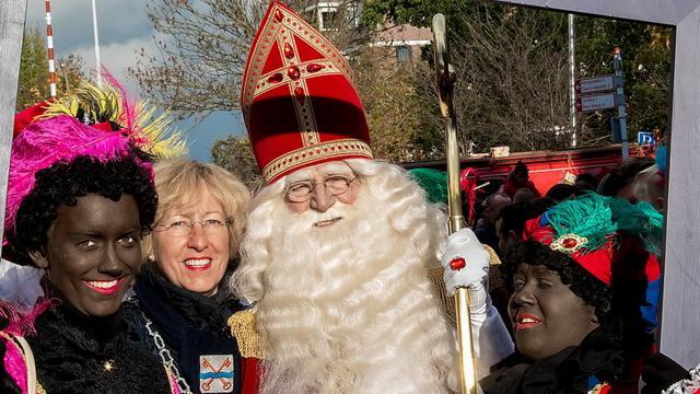Sint ook aangekomen in Leiderdorp
