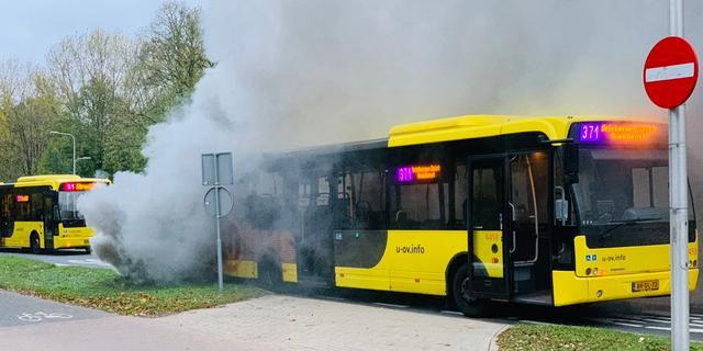Technisch mankement veroorzaakt rook in bus aan Biltsestraatweg