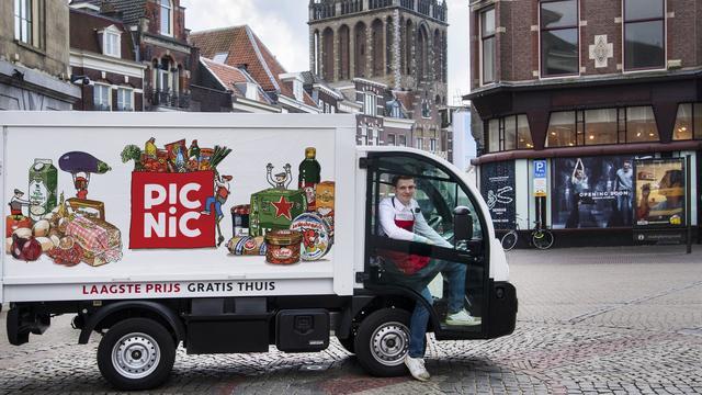 Picnic trekt filmpje met lookalike Max Verstappen terug
