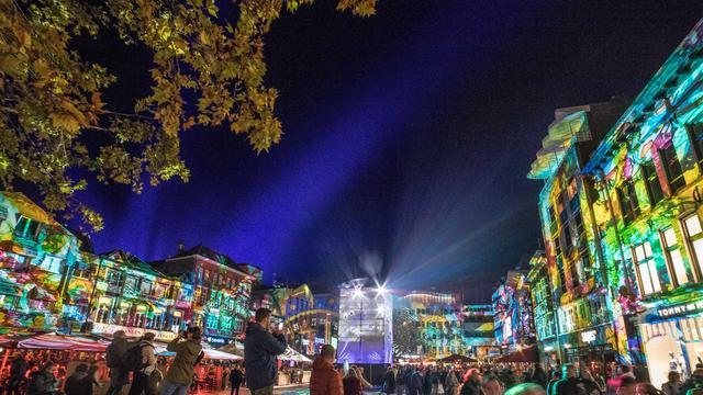 GLOW Eindhoven trekt 750.000 belangstellenden