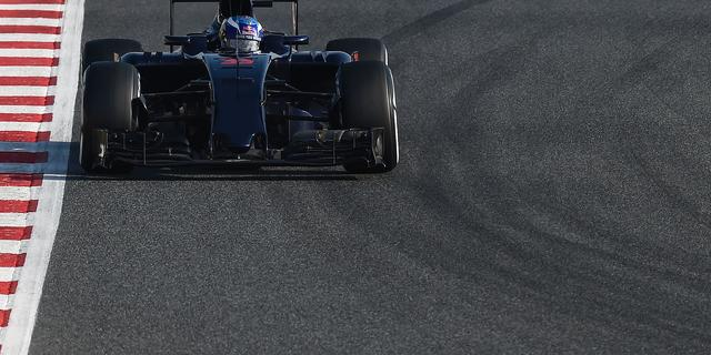 Verstappen komt op laatste testdag in Barcelona tot 110 ronden