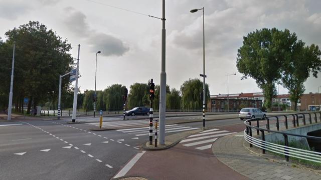 Politie onderzoekt mogelijke schoten bij Johan Huizingalaan