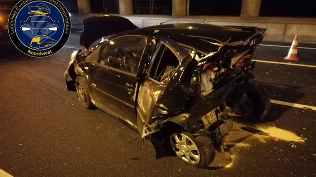 Twee gewonden na zwaar ongeval op A10 bij Amsterdam Zuid