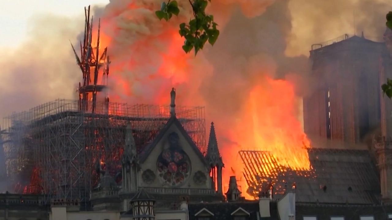 Wederopbouw Notre-Dame half jaar na brand nog niet begonnen