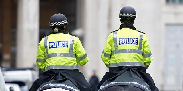 Gewapende man aangehouden vlak bij kantoor Britse premier May