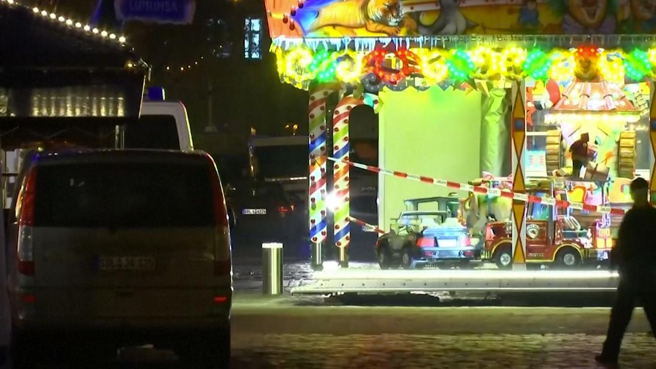 Kerstmarkt Potsdam ligt er verlaten bij na vondst verdacht pakket