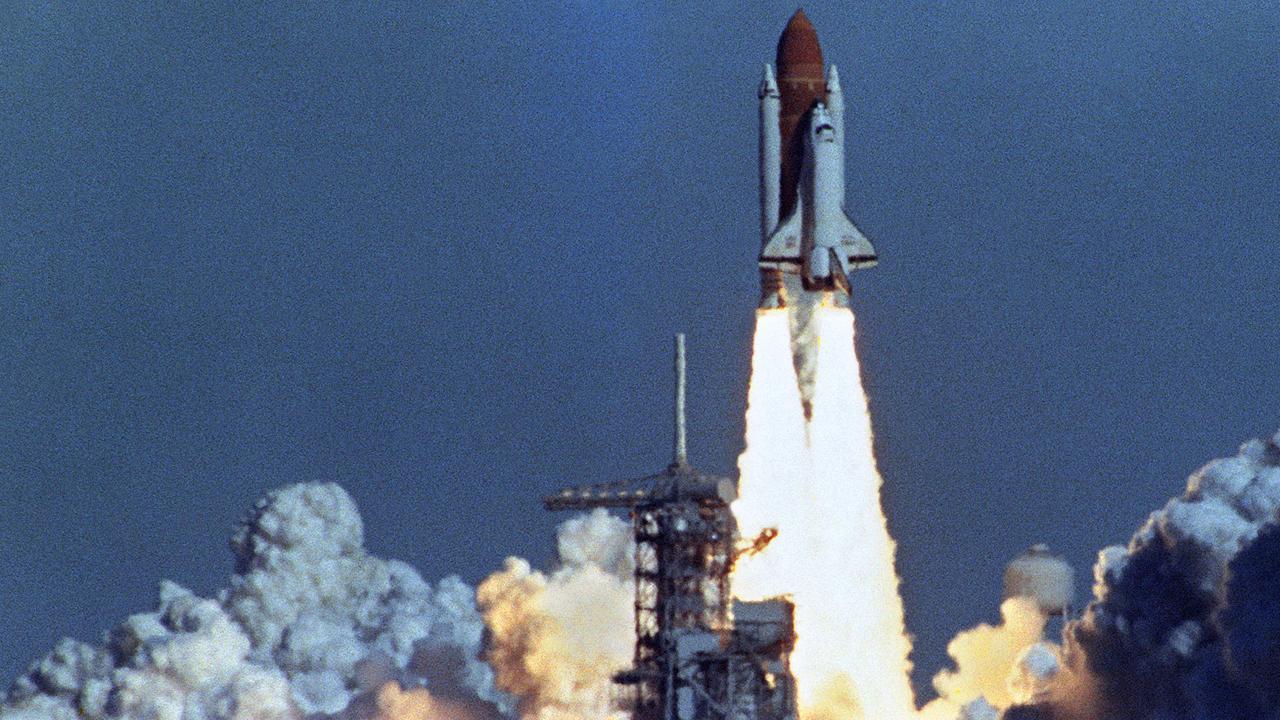 Drie rampzalige raketlanceringen en -landingen